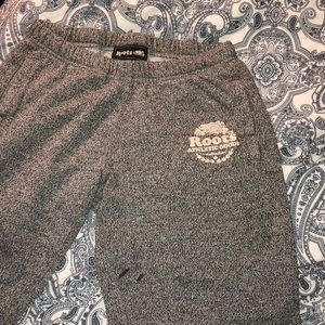 Roots Other - 🇨🇦Classic Roots Sweatpants🇨🇦